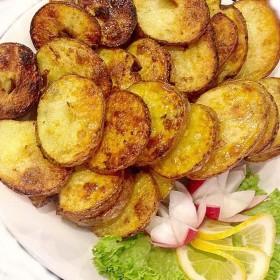 Картофель дольками на углях
